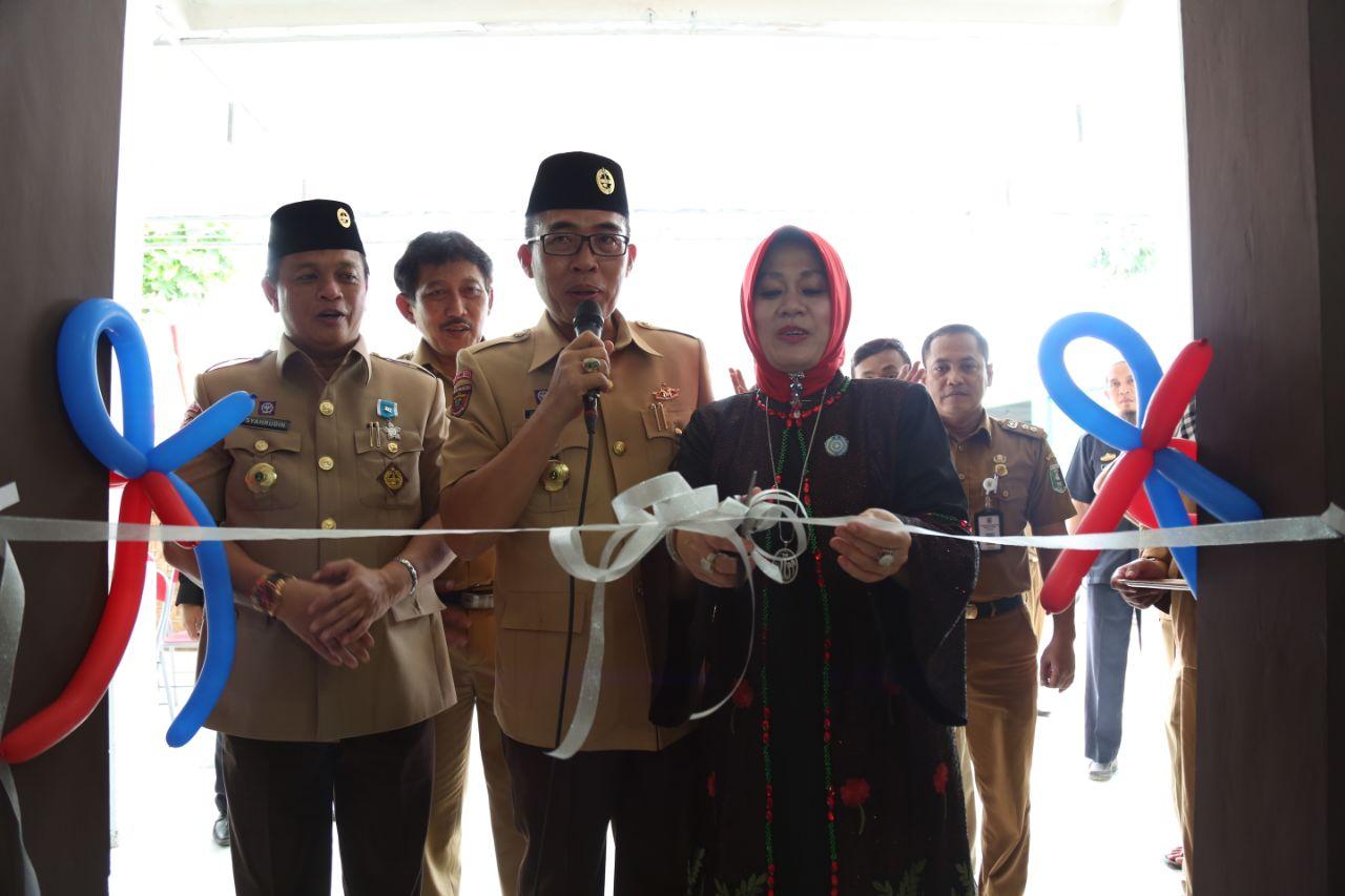 Wakil Bupati Lamtim Resmikan Rumah Makan Pusat Oleh Oleh